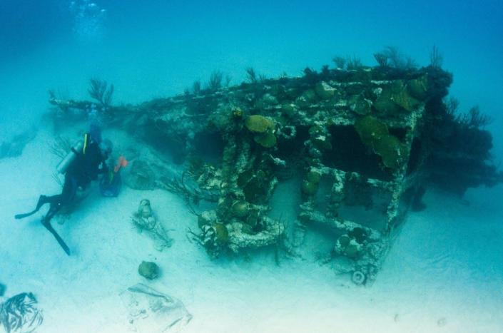 """<span class=""""caption"""">It should be obvious to this diver that this is a shipwreck and not a reef, but what about to someone looking at a image of this spot taken from an aircraft?</span> <span class=""""attribution""""><a class=""""link rapid-noclick-resp"""" href=""""https://flickr.com/photos/lookbermuda/5885600509/"""" rel=""""nofollow noopener"""" target=""""_blank"""" data-ylk=""""slk:LookBermuda/Flickr"""">LookBermuda/Flickr</a>, <a class=""""link rapid-noclick-resp"""" href=""""http://creativecommons.org/licenses/by-nc-nd/4.0/"""" rel=""""nofollow noopener"""" target=""""_blank"""" data-ylk=""""slk:CC BY-NC-ND"""">CC BY-NC-ND</a></span>"""