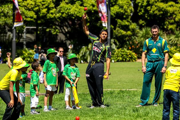 SYDNEY, AUSTRALIA - OCTOBER 15: Usman Khawaja plays cricket with children before the Cricket Australia season launch at Museum of Contemporary Art on October 15, 2012 in Sydney, Australia.  (Photo by Mark Nolan/Getty Images)