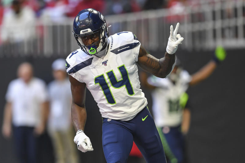 Seattle Seahawks wide receiver D.K. Metcalf (14)