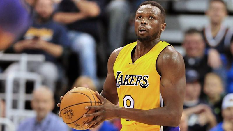 Lakers and Luol Deng agree to buyout
