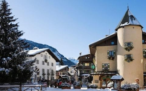 Megeve - Credit: Credit: Ian Dagnall / Alamy Stock Photo/Ian Dagnall / Alamy Stock Photo