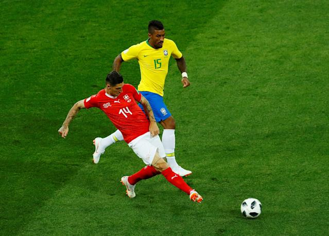Soccer Football - World Cup - Group E - Brazil vs Switzerland - Rostov Arena, Rostov-on-Don, Russia - June 17, 2018 Switzerland's Steven Zuber in action with Brazil's Paulinho REUTERS/Jason Cairnduff