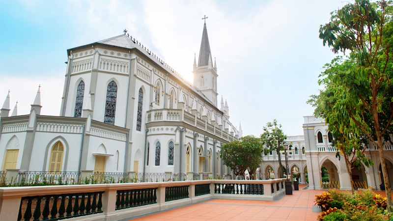 The Chijmes church is the beautiful location for Araminta Lee and Colin Khoo's $40 million wedding in the film. Source: Singapore Tourism Board, The ultimate Crazy Rich Asians guide to Singapore