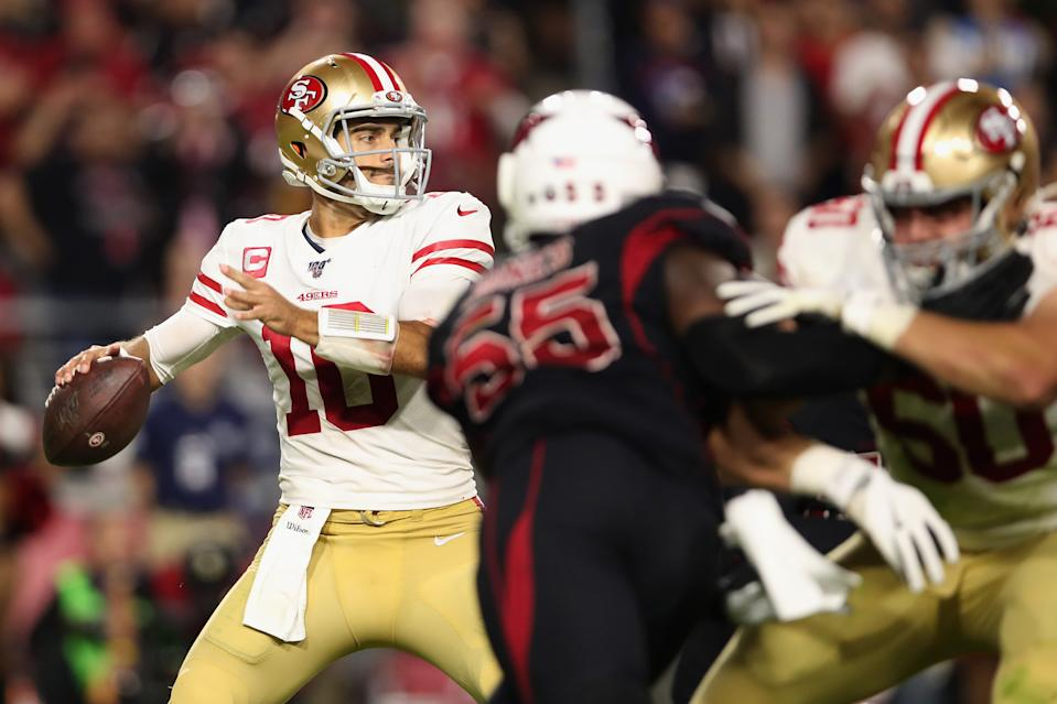Jimmy Garoppolo throws a pass. (Credit: Getty Images)