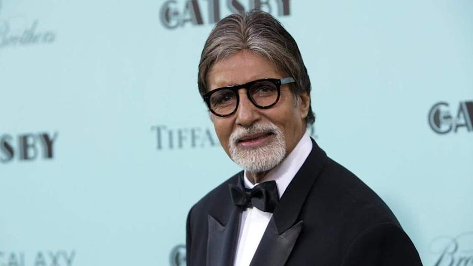 Big B celebrates 45 million Twitter followers with vintage picture