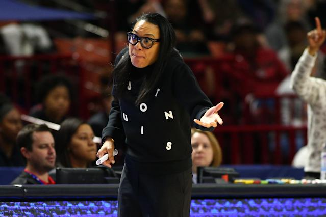 South Carolina finished the year ranked No. 1 and Dawn Staley wants her players to be recognized for it. (Jeremy Brevard-USA TODAY Sports)