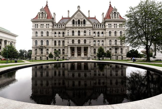 Push to legalize recreational pot fails in New York