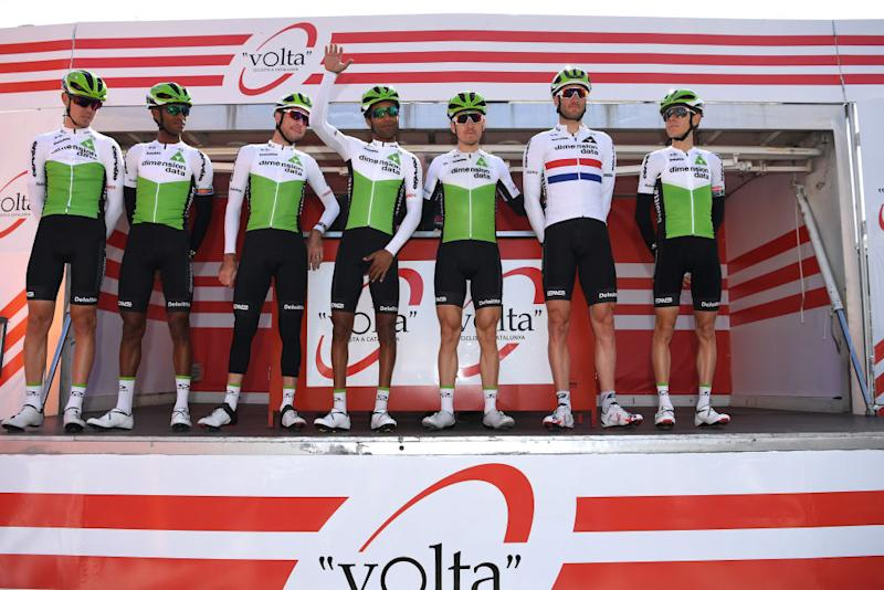 Dimension Data's Steve Cummings lines up for the 2018 Volta a Catalunya in a long-sleeved version of his British road race champion's jersey, just like the one for sale here on eBay