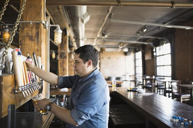 <p>No. 1 lowest-paid job: Bartender<br>Average full-time hourly wage: $11.50<br>(Hero Images / Getty Images) </p>