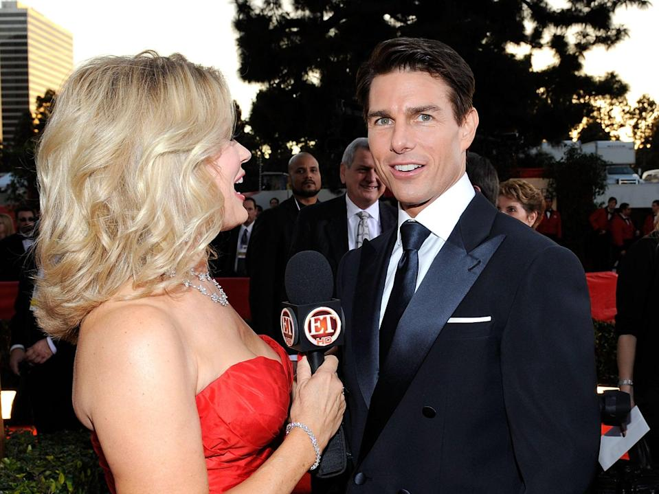 Tom Cruise speaks to Mary Hart at the Golden Globes in 2009 (Getty Images)