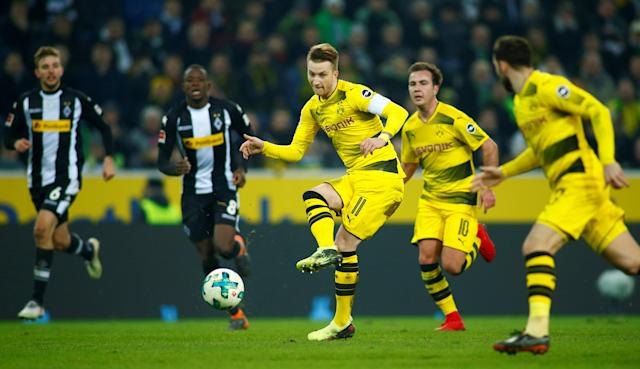 Soccer Football - Bundesliga - Borussia Moenchengladbach vs Borussia Dortmund - Borussia-Park, Moenchengladbach, Germany - February 18, 2018 Borussia Dortmund's Marco Reus in action REUTERS/Thilo Schmuelgen DFL RULES TO LIMIT THE ONLINE USAGE DURING MATCH TIME TO 15 PICTURES PER GAME. IMAGE SEQUENCES TO SIMULATE VIDEO IS NOT ALLOWED AT ANY TIME. FOR FURTHER QUERIES PLEASE CONTACT DFL DIRECTLY AT + 49 69 650050