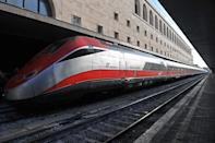 Started in 1993, <b>ETR 500 or Elettro Treno Rapido 500</b> is Italian high-speed train runs at a speed of 300 km/h (186 mph). (AFP Images)