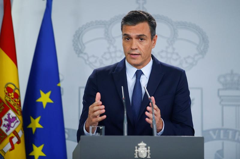 Spain's acting Prime Minister Pedro Sanchez gestures as he speaks during a news conference at the Moncloa Palace after a meeting with King Felipe in Madrid, Spain, September 17, 2019. REUTERS/Javier Barbancho