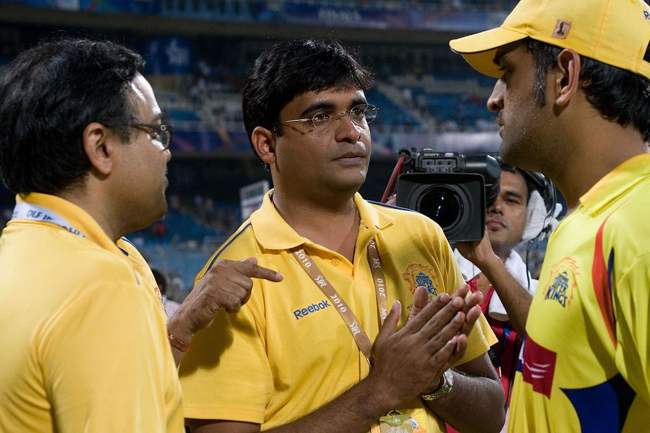 NAVI MUMBAI, INDIA - APRIL 25:  Gurunath Meiyappan (C) and M S Dhoni (R) after the 2010 DLF Indian Premier League T20 Final between Mumbai Indians and Chennai Super Kings played at DY Patil Stadium on April 25, 2010 in Navi Mumbai, India.  (Photo by Ritam Banerjee-IPL 2010/IPL via Getty Images)
