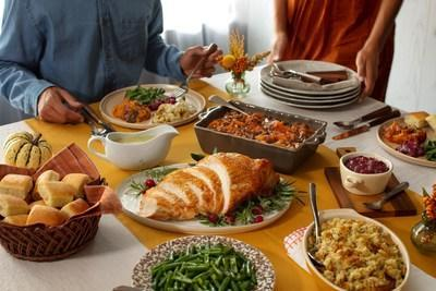 Amid the COVID-19 pandemic, Cracker Barrel introduces a smaller Thanksgiving Heat n' Serve Family Dinner, a complete Thanksgiving meal that serves 4-6 people and can be prepared in two hours. Learn more about holiday meal offerings and place orders by visiting crackerbarrel.com.