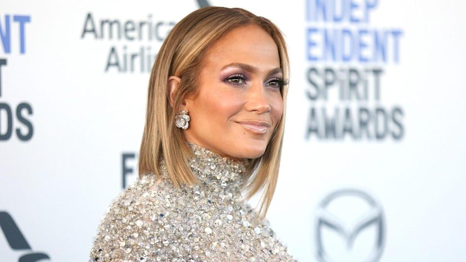 Jennifer Lopez's Signature Golden Highlights Are Peak Fall Hair Inspiration