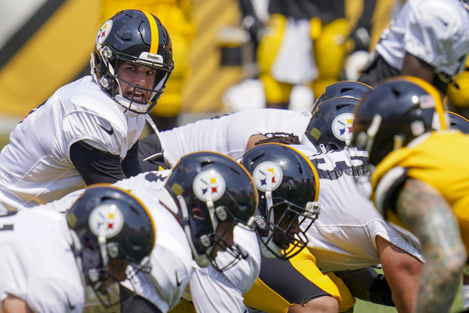 Pittsburgh Steelers quarterback Mason Rudolph, left, is expected to start the Hall of Fame Game. (AP Photo/Keith Srakocic)