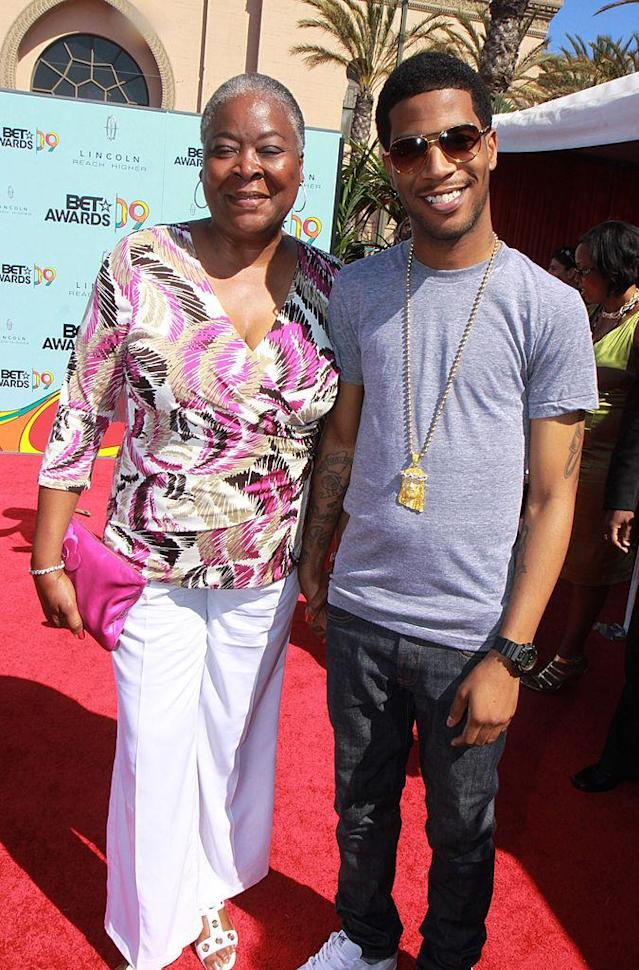 <p>Kid Cudi (R) and his mother arrive at the 2009 BET Awards at The Shrine Auditorium on June 28, 2009 in Los Angeles, California. </p>