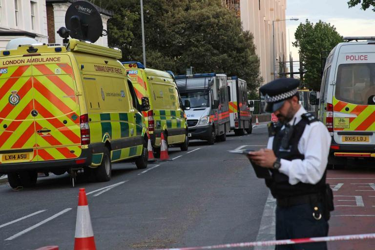 Kingston WW2 bomb: Huge bang as device is detonated 30 hours after being found