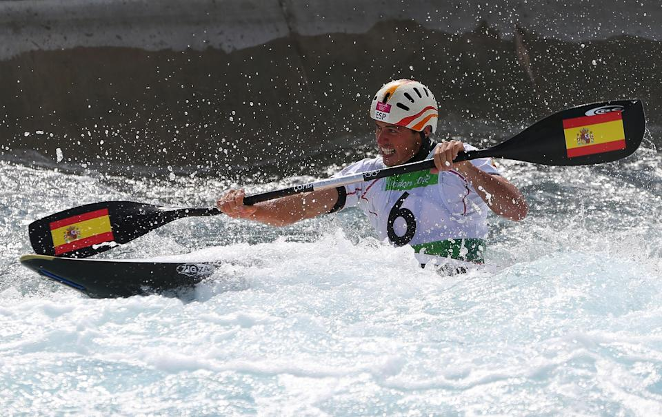LONDON, ENGLAND - AUGUST 01: Samuel Hernanz of Spain competes in the Men's Kayak Single (K1) Final on Day 5 of the London 2012 Olympic Games at Lee Valley White Water Centre on August 1, 2012 in London, England. (Photo by Phil Walter/Getty Images)