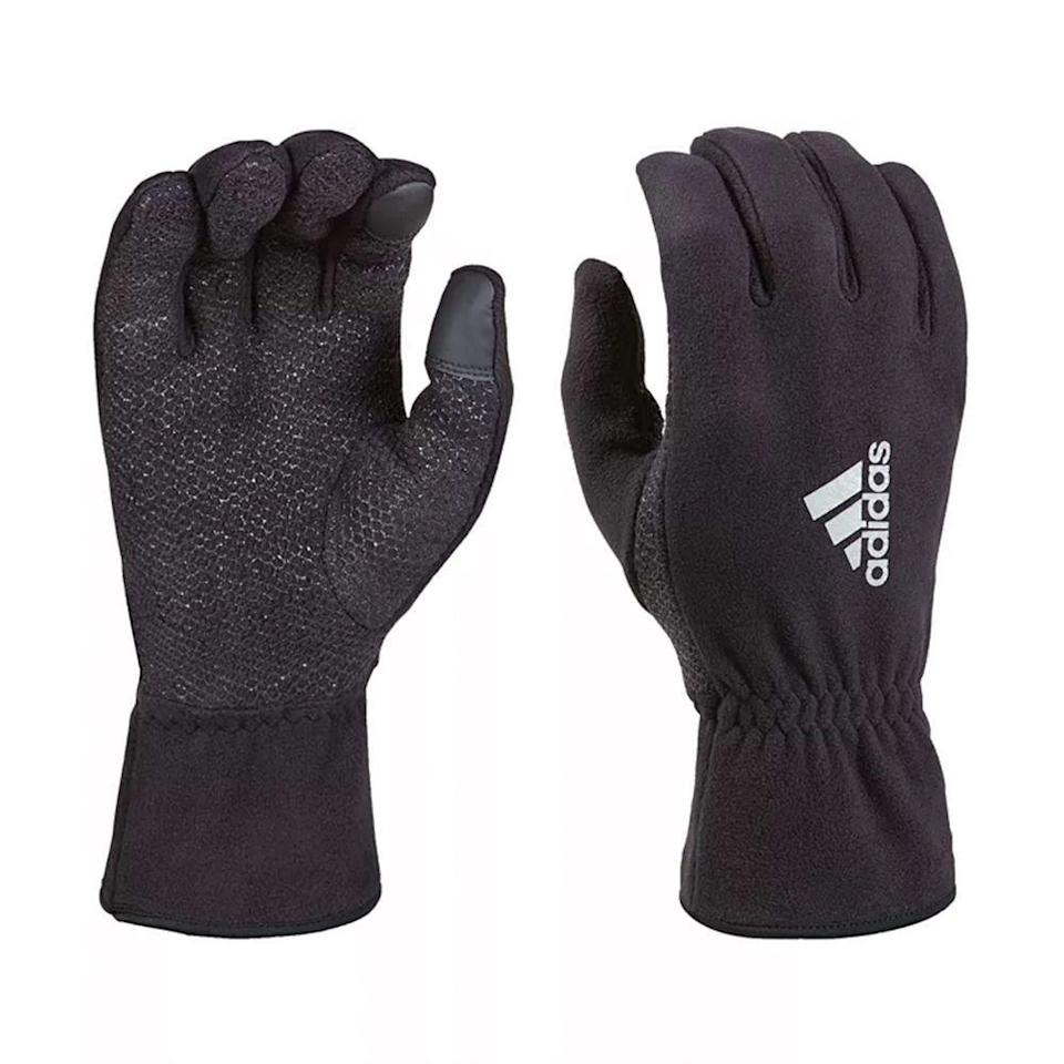 """<p><strong>adidas</strong></p><p>macys.com</p><p><strong>$25.00</strong></p><p><a href=""""https://go.redirectingat.com?id=74968X1596630&url=https%3A%2F%2Fwww.macys.com%2Fshop%2Fproduct%2Fadidas-mens-climawarm-comfort-fleece-gloves%3FID%3D6938824&sref=https%3A%2F%2Fwww.menshealth.com%2Fstyle%2Fg30667174%2Fbest-winter-gloves-men%2F"""" rel=""""nofollow noopener"""" target=""""_blank"""" data-ylk=""""slk:BUY IT HERE"""" class=""""link rapid-noclick-resp"""">BUY IT HERE</a></p><p>You'd be hard pressed to find better fleece gloves at this price. The cuffs keep body heat from escaping, while the printed palm ensures a solid grip, whether on your cell phone or equipment during chilly morning outdoor workouts. The gloves' stripes provide low light visibility, essential for evening activities as the days get darker earlier. </p>"""