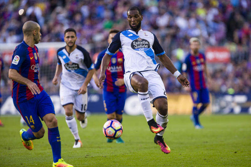 Ryan Babel during the match between FC Barcelona vs RC Deportivo, for the round 8 of the Liga Santander, played at Camp Nou Stadium on 15th Oct 2016 in Barcelona, Spain. -- (Photo by Urbanandsport/NurPhoto via Getty Images)