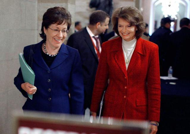 Sens. Collins and Murkowski in 2010. (Photo: Getty Images)