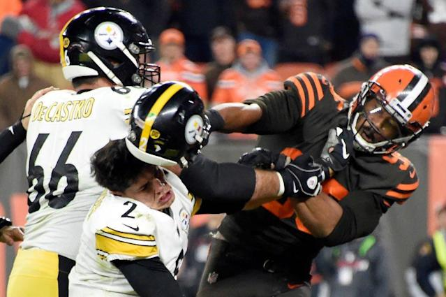 After Browns-Steelers brawl, Ryan Kelly and other Colts O-linemen wouldn't hesitate to defend Jacoby Brissett