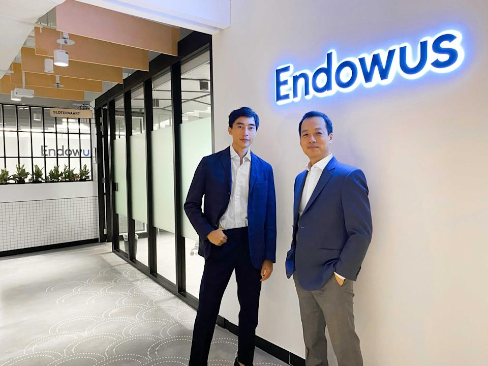 Endowus chief executive officer Gregory Van (left) and chief investment officer Samuel Rhee. (PHOTO: Endowus)