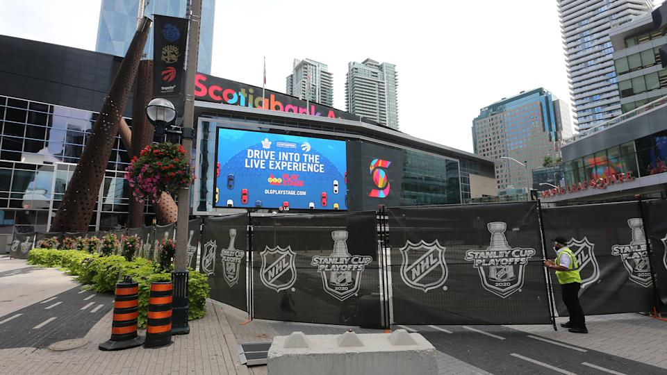 TORONTO, ON- AUGUST 12  - The Royal York Hotel and Scotiabank Arena are part of the NHL bubble. Toronto is in phase three of reopening along with other parts of Ontario as the province tries to slow the spread of COVID-19  in Toronto. August 12, 2020.        (Steve Russell/Toronto Star via Getty Images)