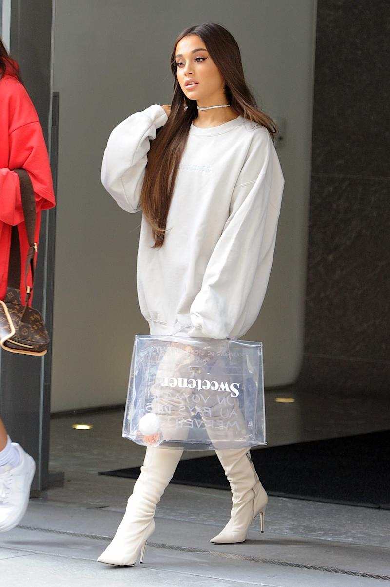 NEW YORK, NY - AUGUST 17: Ariana Grande seen on the streets of Manhattan on August 17, 2018 in New York, NY. (Photo by Josiah Kamau/BuzzFoto via Getty Images)