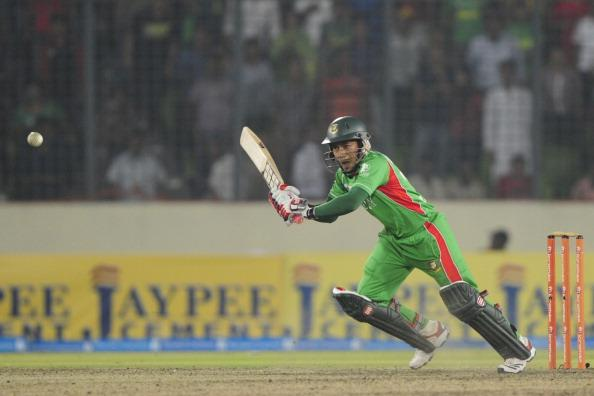 Bangladeshi captain Mushfiqur Rahim pla : News Photo