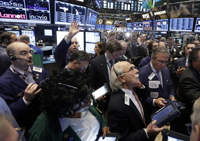 Stocks rise for fourth day in a row, led by retail
