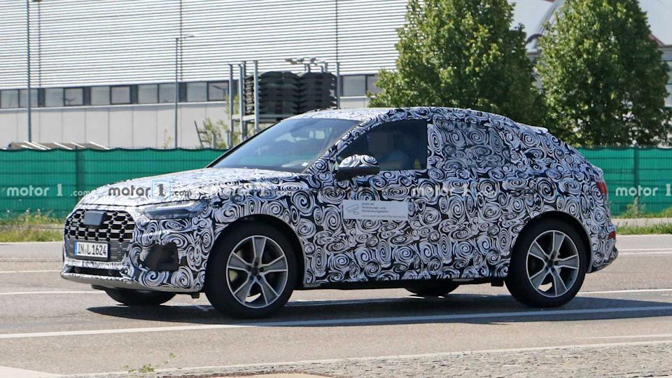 Audi Q5 Sportback spied for first time with coupe-like profile