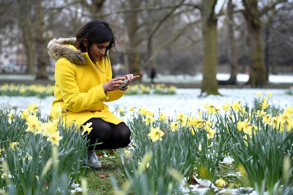Brrrr – Snow in spring isn't unusual, forecasters say