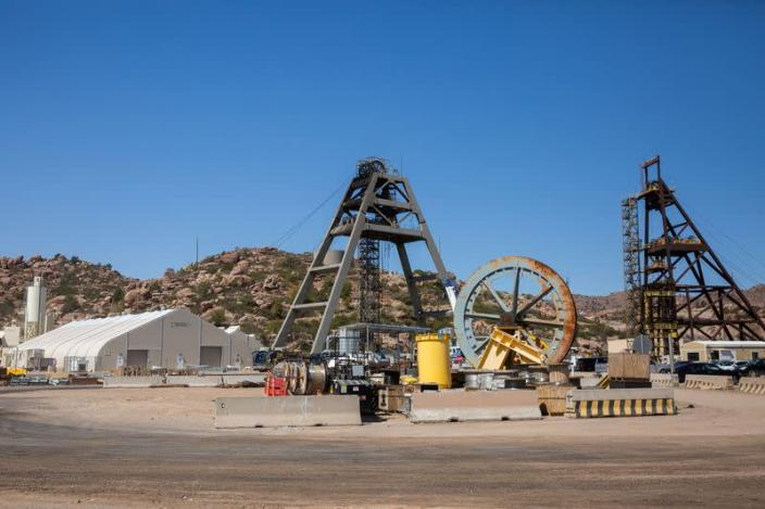 FILE PHOTO: Arizona copper fight reflects tough choices as America tries to go green