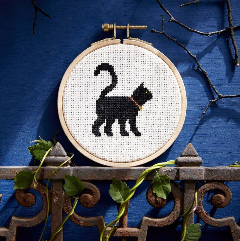 """<p>Put little fingers to work with this simple cross-stitch pattern. It's primarily one color, so it will be easy for a child to make with a little supervision.</p><p><strong><a href=""""https://www.countryliving.com/diy-crafts/a6380/cross-stitch/"""" rel=""""nofollow noopener"""" target=""""_blank"""" data-ylk=""""slk:Get the pattern"""" class=""""link rapid-noclick-resp"""">Get the pattern</a>.</strong></p>"""