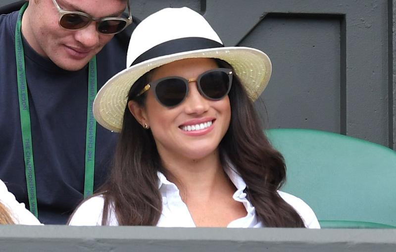 620ed671863a The One Accessory You Need to Copy Meghan Markle s Effortless Travel Style