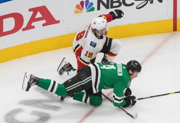 Flames' Matt Tkachuk questionable for Game 3 after punishing loss to Stars