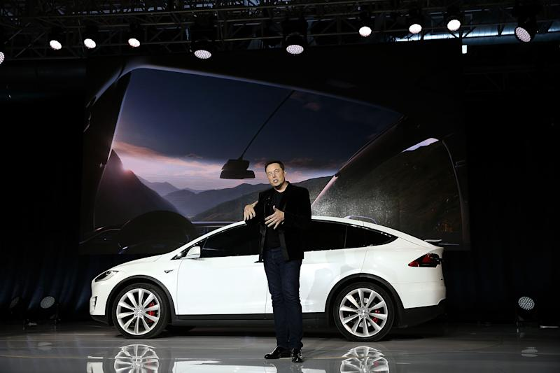 Tesla CEO Elon Musk speaks during an event to launch the new Tesla Model X Crossover SUV on September 29, 2015. Photo: Justin Sullivan/Getty Images)