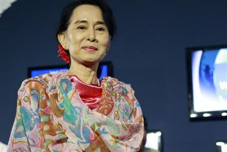 Myanmar pro-democracy leader Aung San Suu Kyi arrives to the BBC debate section during the World Economic Forum in Naypyitaw