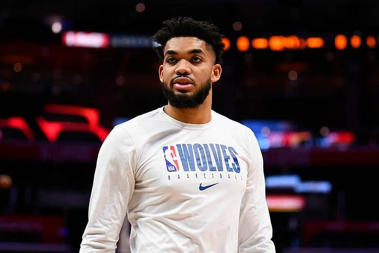 EMac gives his favorite NBA DFS picks for Yahoo + DraftKings + FanDuel daily fantasy basketball lineups Karl-Anthony Towns | Monday 4/5/21