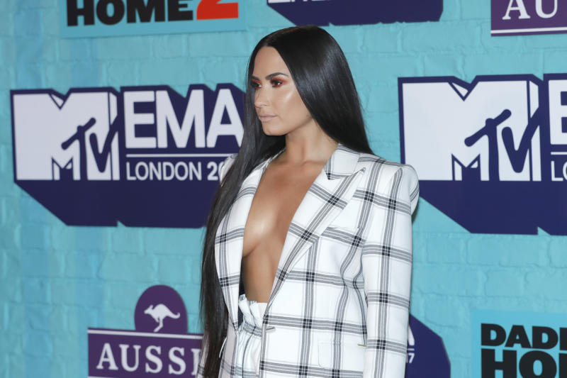 Lovato was glowing at the award show. (Andreas Rentz via Getty Images)