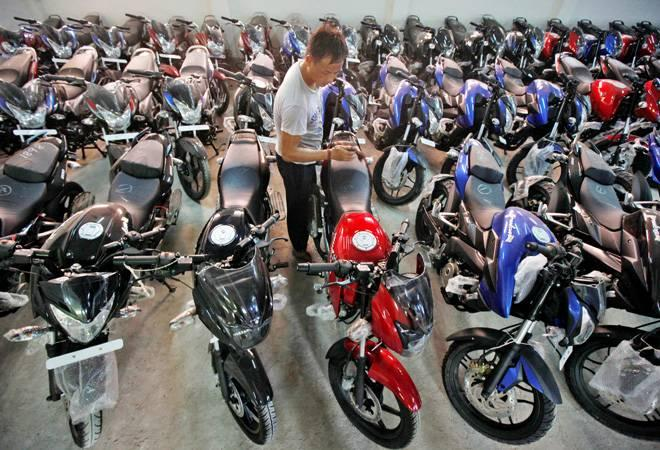 Total two-wheeler exports during the period stood at 27,59,935 units as compared with 23,09,805 units a year ago, showed the Society of Indian Automobile Manufacturers (SIAM) data.