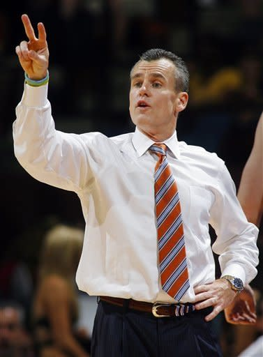 Florida head coach Billy Donovan calls a play in the first half of an NCAA college basketball game against Florida State, Wednesday, Dec. 5, 2012, in Tallahassee, Fla. (AP Photo/Phil Sears)