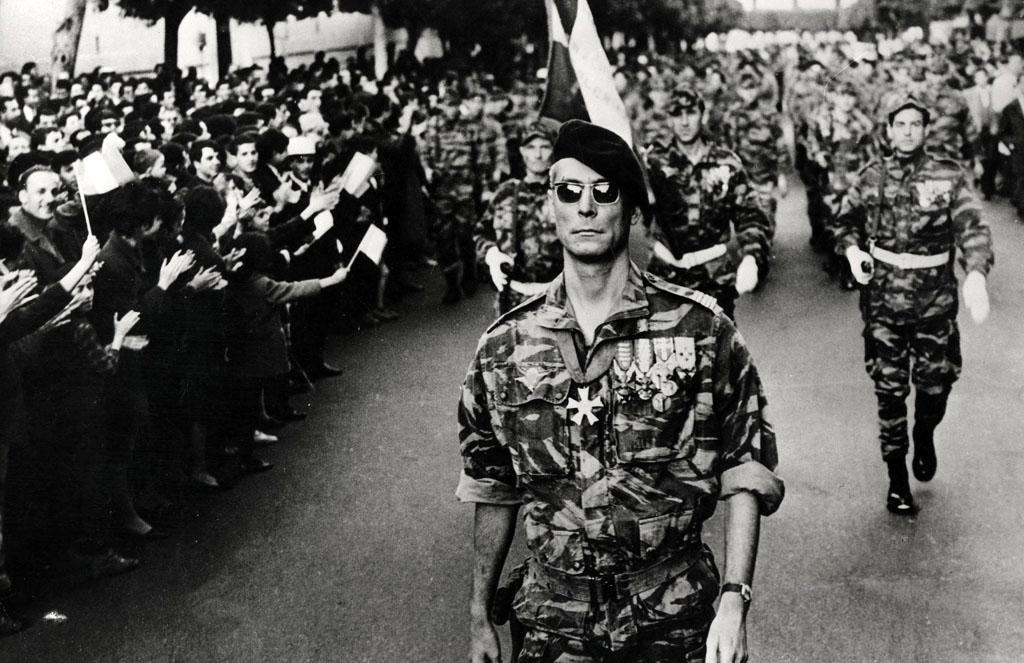 """28. <a href=""""http://movies.yahoo.com/movie/1808549732/info"""">THE BATTLE OF ALGIERS</a> (1967)   """"Watch this film! You will see the world in a different perspective."""" -- RVDe"""