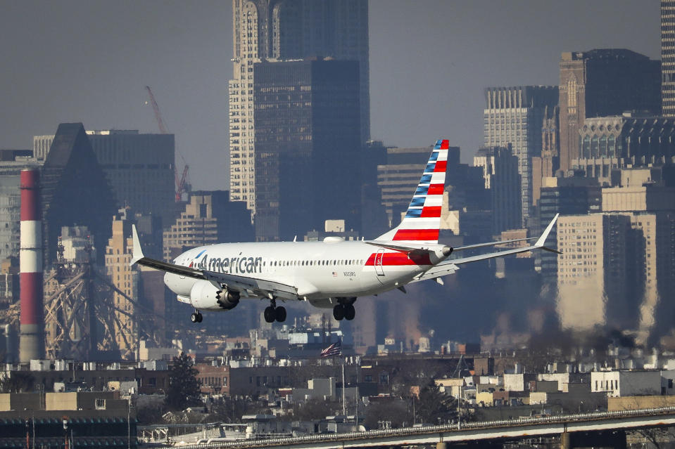 An American Airlines Boeing 737 Max 8, on a flight from Miami to New York City, lands at LaGuardia Airport on Monday morning. Photo: Drew Angerer/Getty Images