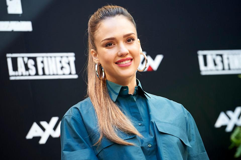 "Jessica Alba has less than fond memories of working on ""Beverly Hills, 90210."" (Photo: Peter Sabok/COOLMedia/NurPhoto via Getty Images)"