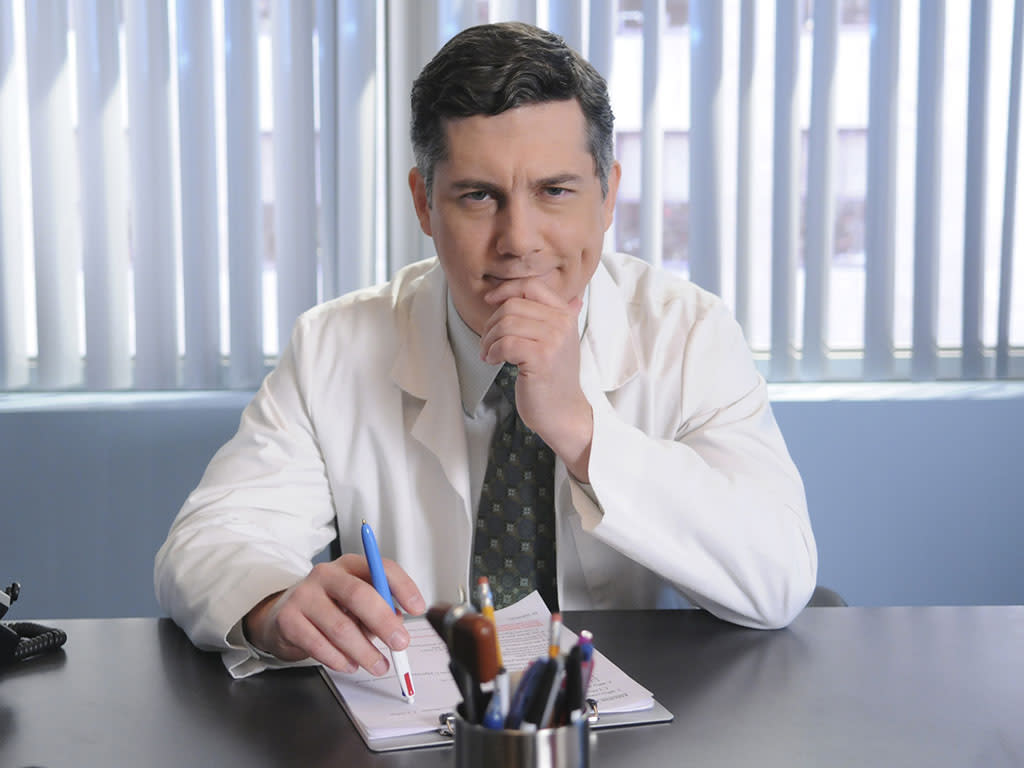 "30 ROCK -- ""Sun Tea"" Episode 406 -- Air Date 11/19/2009 -- Pictured: Chris Parnell as Dr. Spaceman"