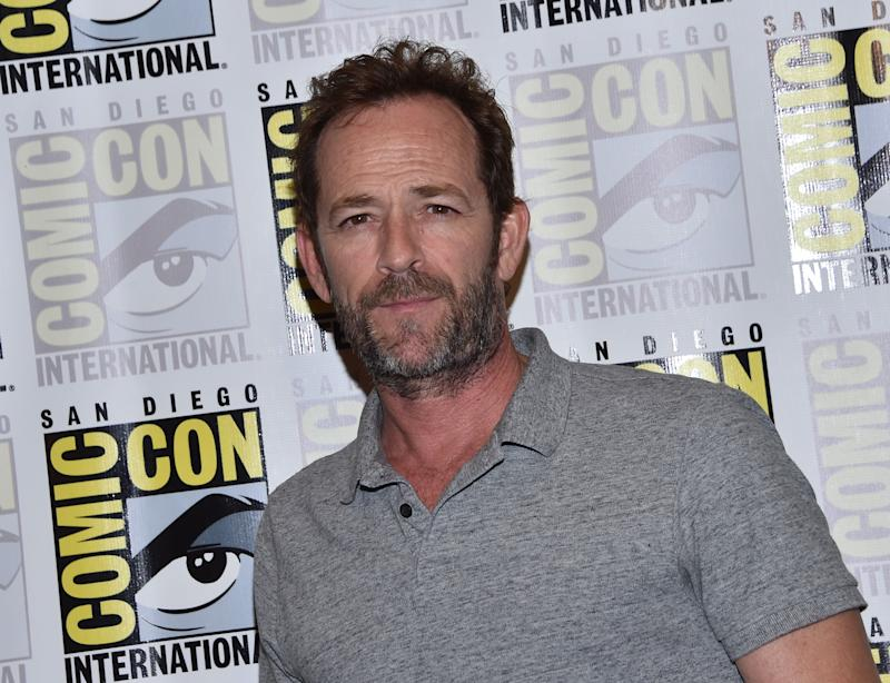 """Actor Luke Perry arrives for the press line of """"Riverdale"""" at Comic Con in San Diego, July 21, 2018. (Photo by CHRIS DELMAS / AFP) (Photo credit should read CHRIS DELMAS/AFP via Getty Images)"""